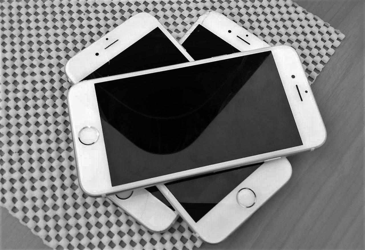 Смяна на дисплей за iPhone – мисия възможна само за оторизирани сервизи?
