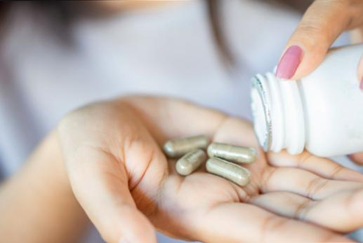 От какви витамини се нуждаят жените?